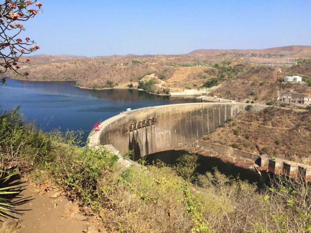 dam on lake kariba