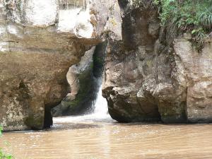 Mau Mau Cave
